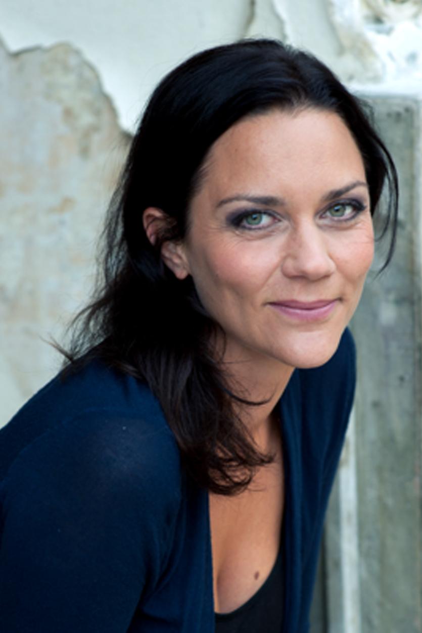 Elisabeth Wiener - Pochette Surprise